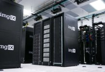 A hall of servers storing data according to the retention policy
